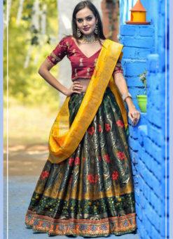 Snazzy Green Banarasi Silk Wedding Wear Designer Lehenga Choli