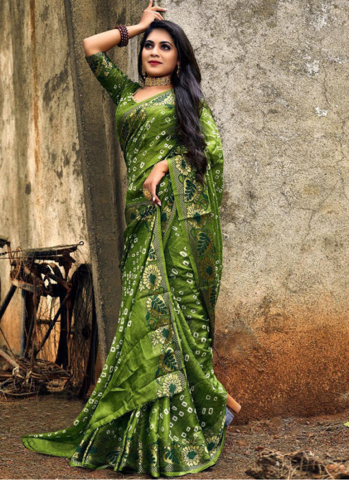 Graceful Green Art Silk Bandhani Print Traditional Saree